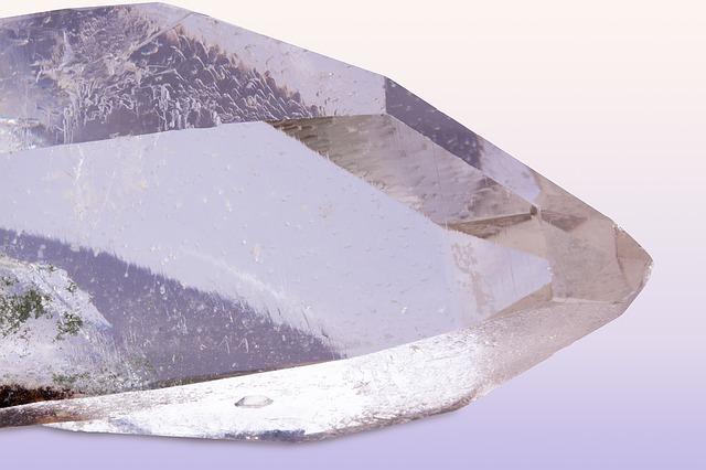 bergkristall-heilstein